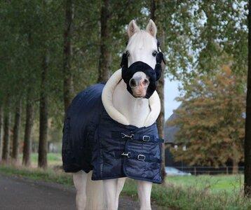 1408 HB showdeken Fluffy hood